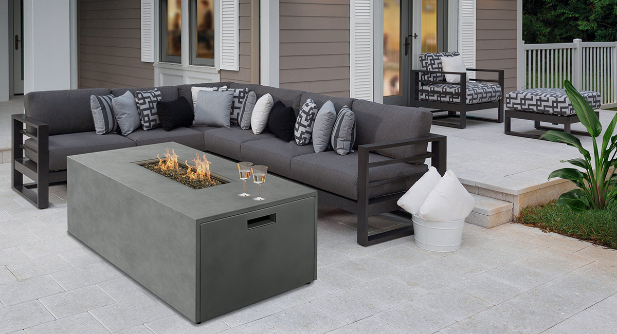 Palermo Sectional + Bellino Fire Pit 1200x650 HS